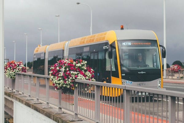 Tram-bus to Brussels Airport increases mobility in the region