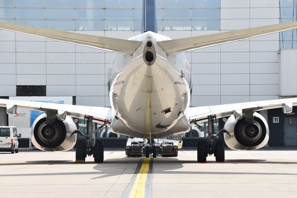 Brussels Airport strengthens its actions to reduce ultrafine particle emissions and moves its engine test run site